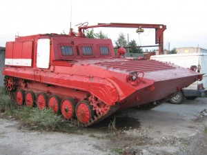 Гусеничная лесопожарная машина ЛПМ-2