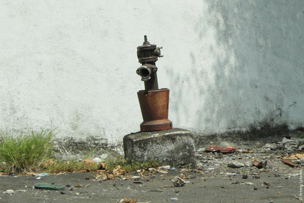 Пожарный гидрант. Коморские острова