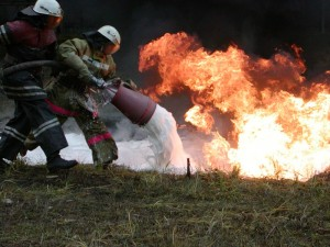 Тушение возгорания воздушно-механической пеной