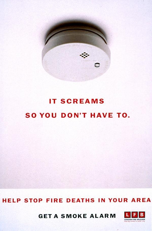 Он кричит для того, чтобы не пришлось кричать вам. Помоги остановить смерти от огня в вашем районе. Установите пожарную сигнализацию