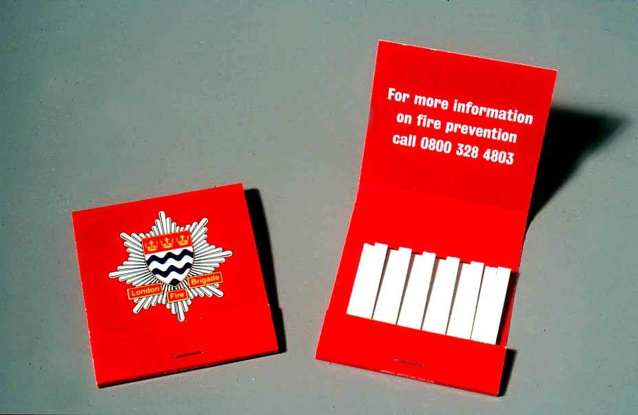 Социальная реклама пожарной безопасности от пожарной бригады Лондона