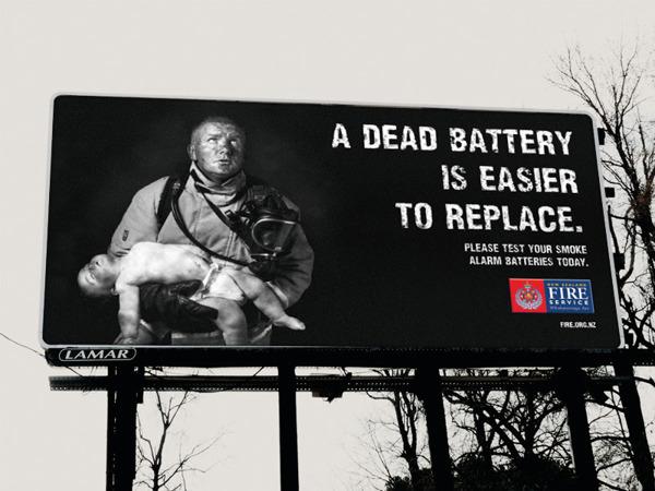 """""""Мертвые батарейки заменить проще"""" - агитация из Новой Зеландии"""