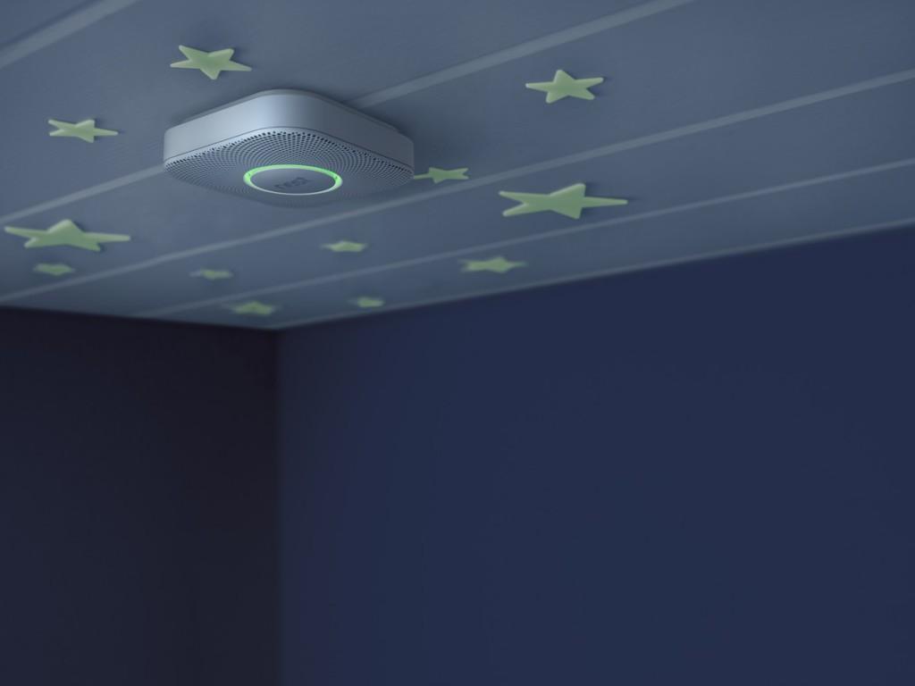 Домашний пожарный извещатель Nest Protect